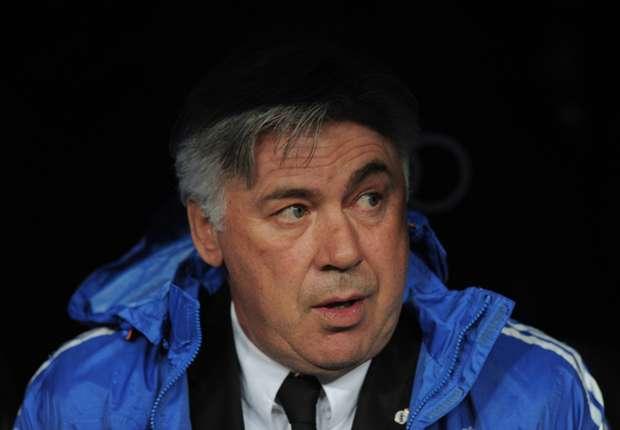 Ancelotti en el banquillo