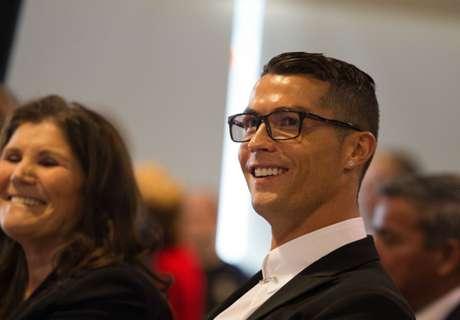 Ronaldo in Mannequin Challenge