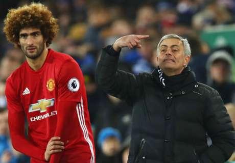 Mourinho defends himself over Fellaini