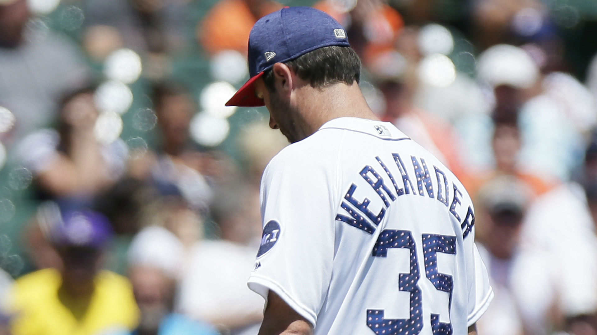 Verlander falters as Tigers lose to Indians Sunday