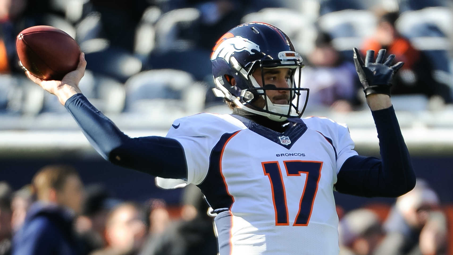 Broncos clinch playoff spot
