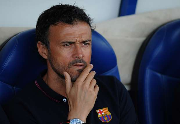 Luis Enrique: Former Barcelona boss Robson used to explain tactics with plastic cups