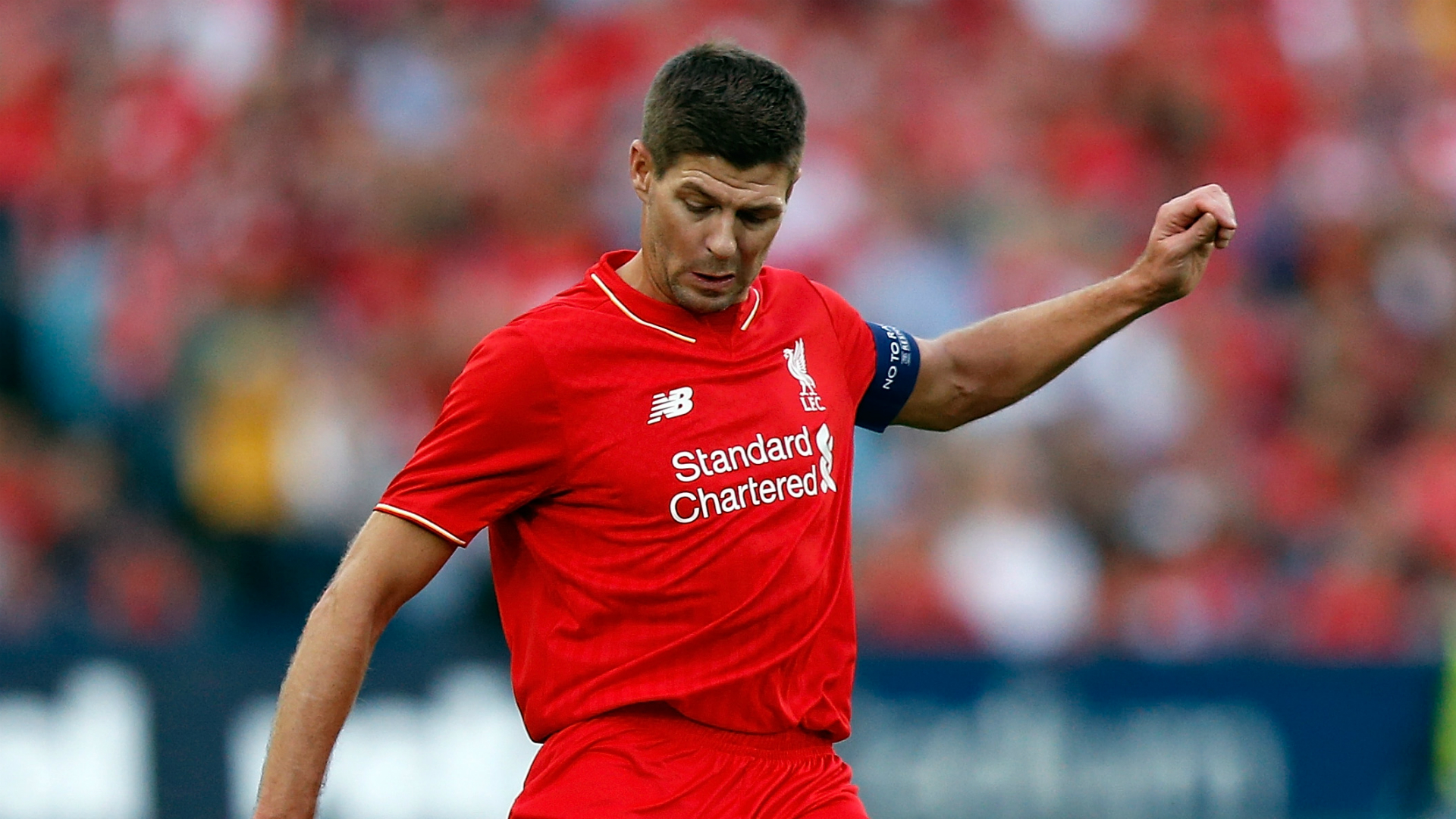 Gerrard back in Liverpool shirt for Sydney exhibition