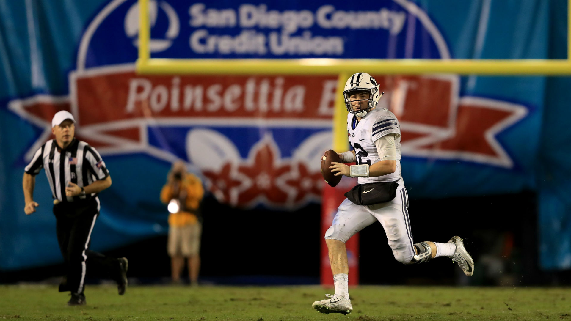Poinsettia Bowl's end means even less football in San Diego this year