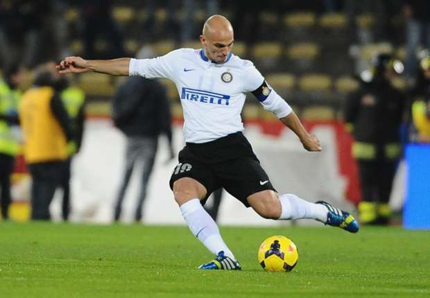Cambiasso and Milito to leave Inter