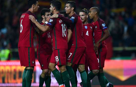 Santos demands full Portugal focus against Faroe Islands