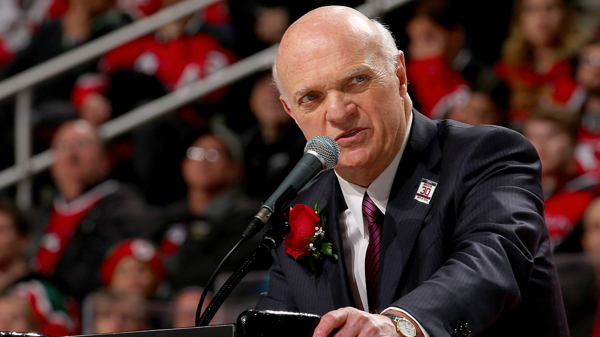 Islanders to hire Lou Lamoriello to run hockey operations