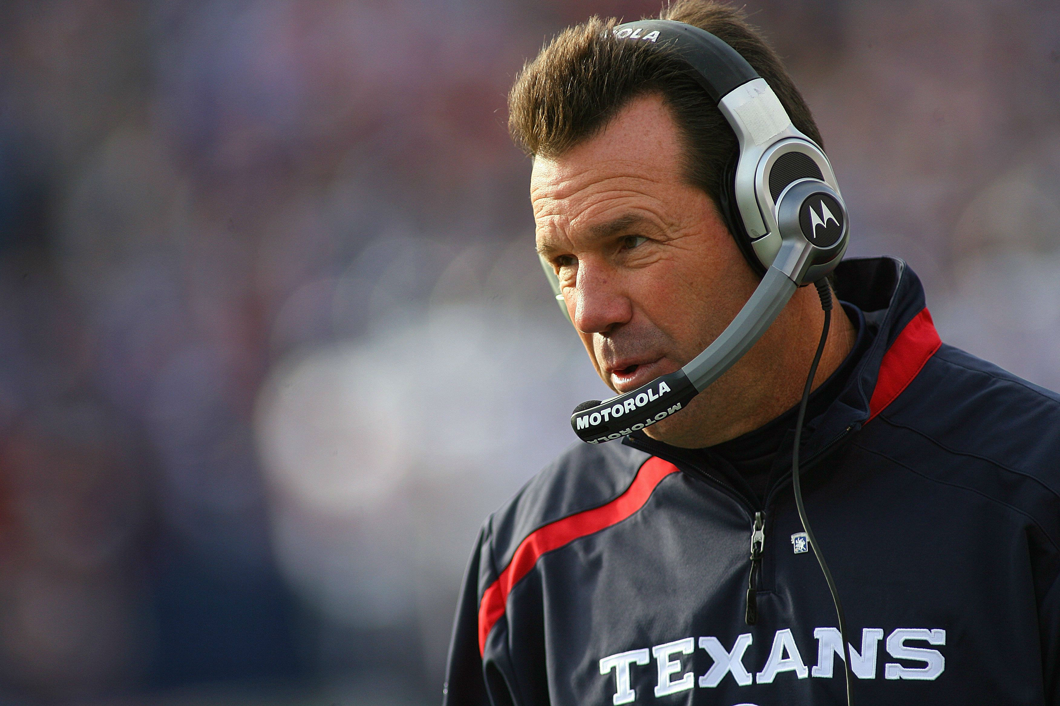 Gary Kubiak with the Texans in 2009
