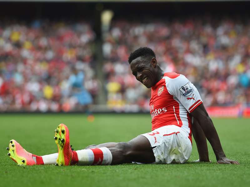 Welbeck impresses Wenger with debut display