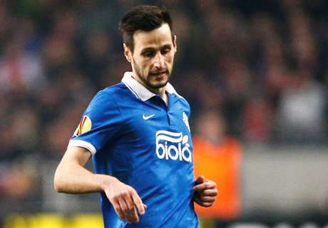 Fiorentina signs Kalinic from Dnipro