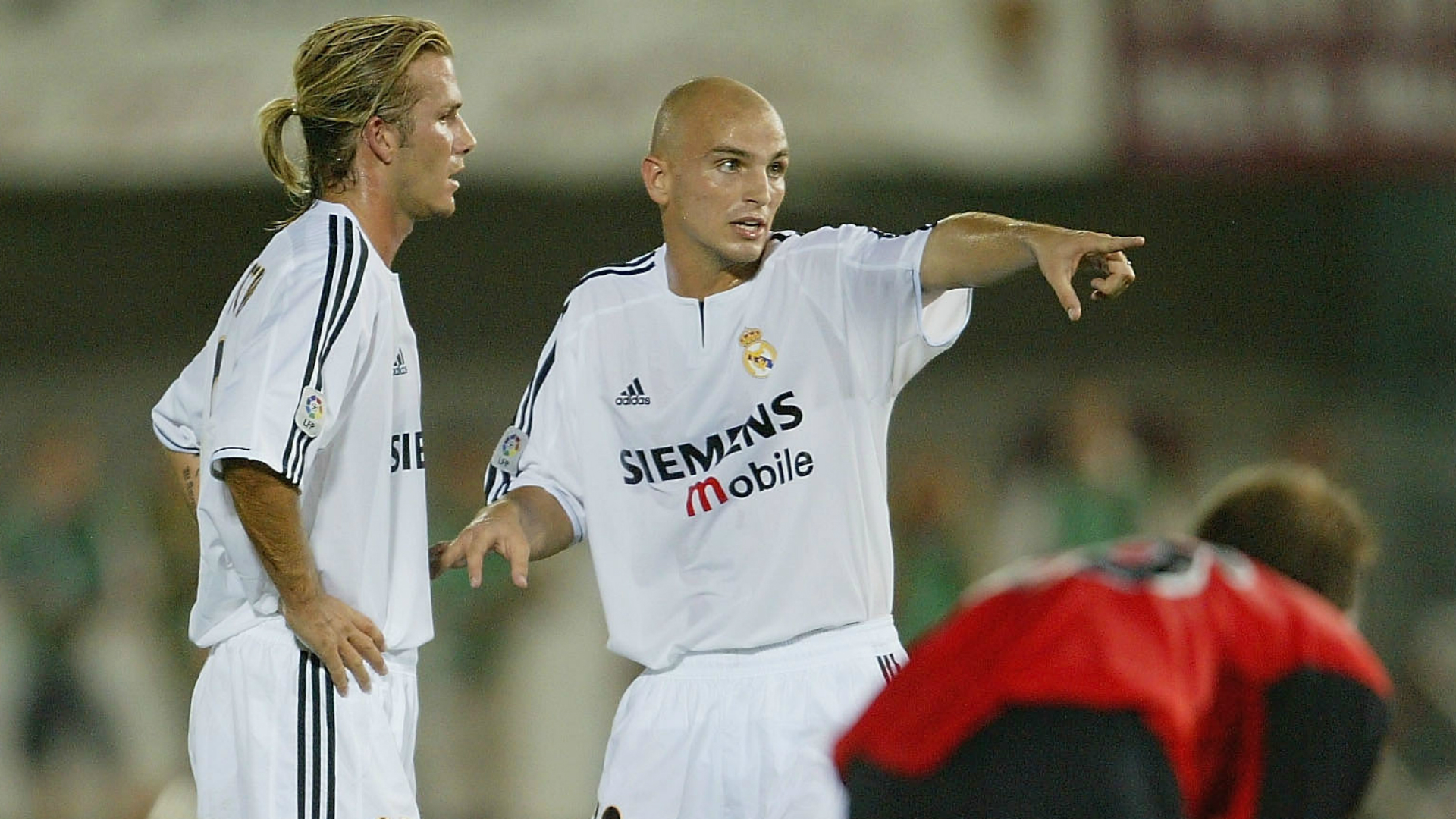 Cambiasso-cropped_1pazefnmk2lle17nbhrgg6b406