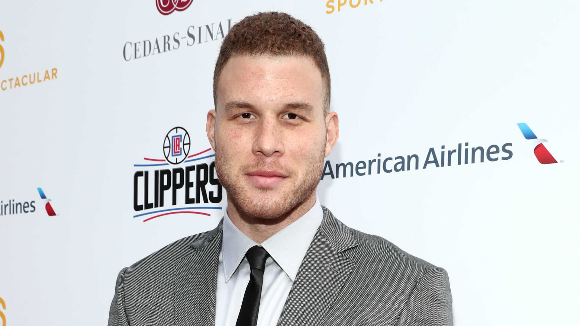 LA Clippers re-sign All-Star forward Blake Griffin