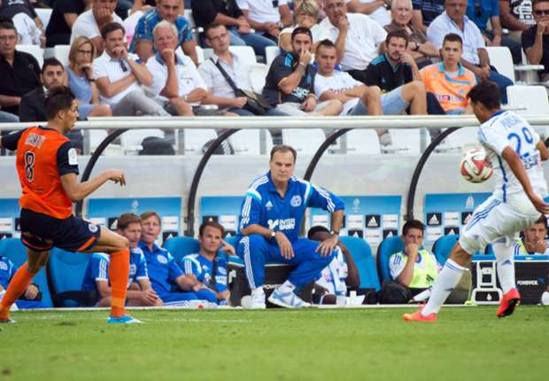 Bielsa dismisses formation concerns