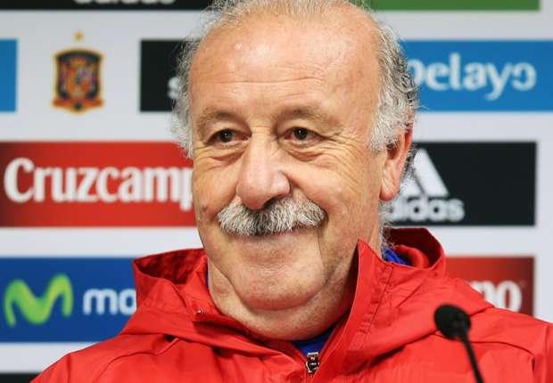 ديل بوسكي يُلمح للبقاء مع إسبانيا بعد اليورو -