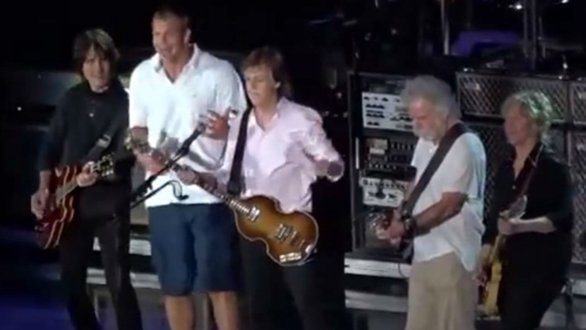 Gronkowski-McCartney-Weir-071816-youtube-ftr.jpg