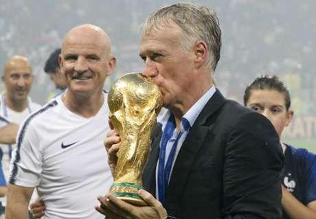 Deschamps wins FIFA Best Coach award