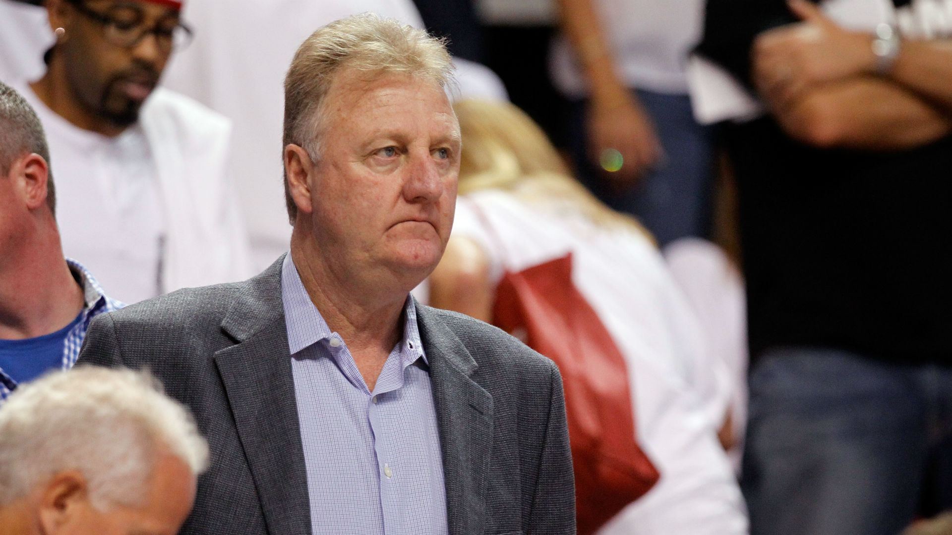 Larry Bird steps down as Pacers president