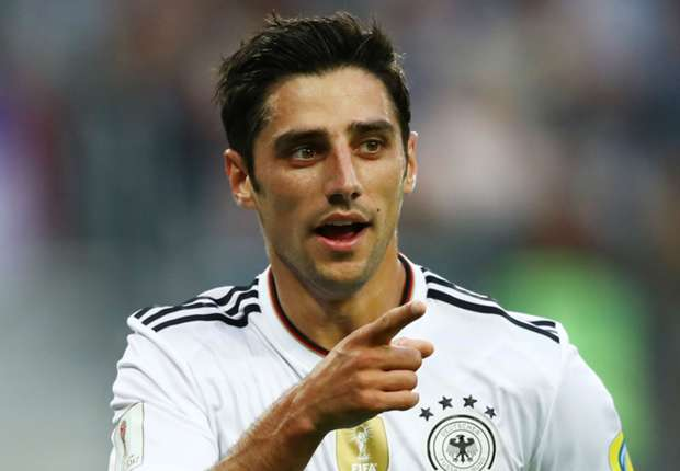 Lars Stindl celebrates against Chile