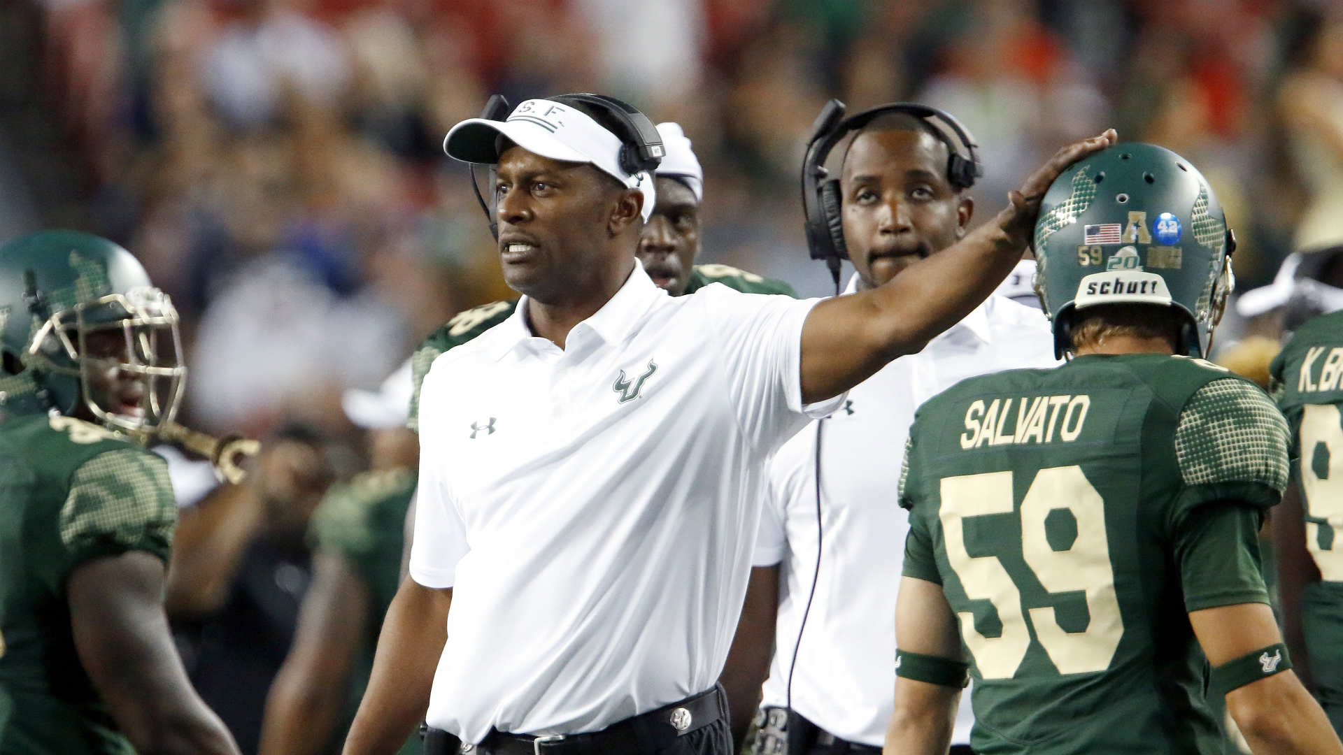 Willie Taggart Rumors >> Coaching rumors: Ole Miss offers head coaching job to Oregon's Will...