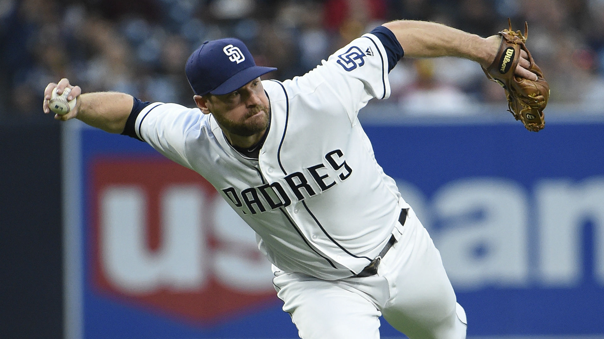 Padres designate struggling Chase Headley for assignment