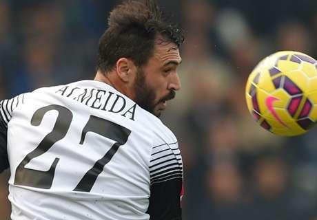 Struggling Hannover sign Almeida