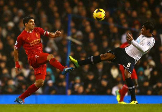 Paulinho red card appeal likely, confirms Villas-Boas
