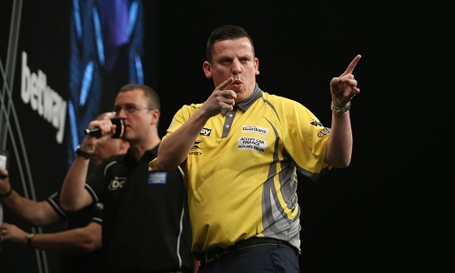 Dave Chisnall - Betway Premier League, Leeds (Lawrence Lustig, PDC)