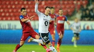 Mike Jensen mot Steaua Bucuresti