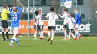 jubel scoring mot Herd