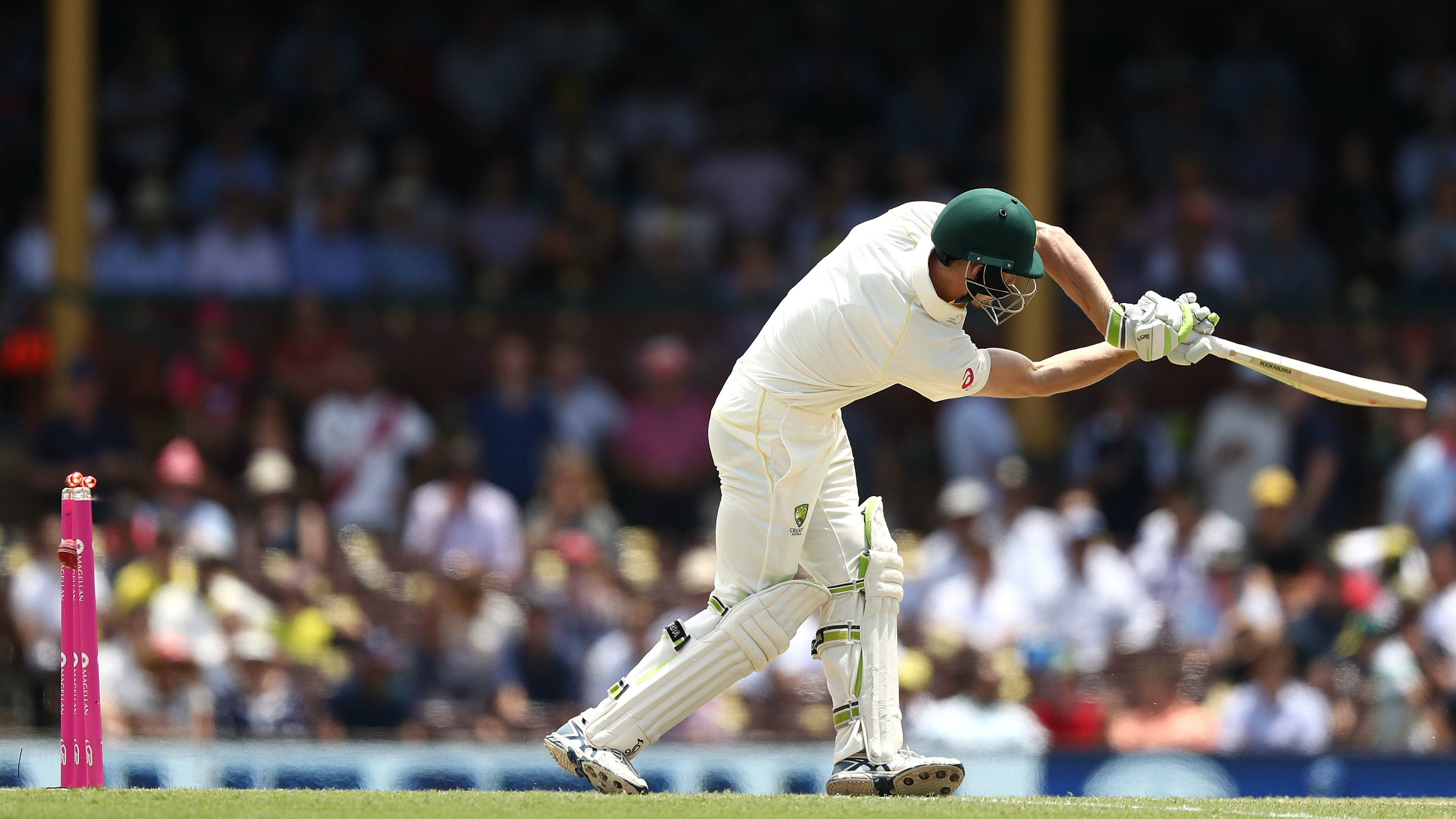 Ashes, 5th Test: England all out for 346 in Sydney