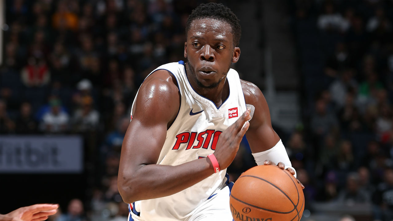 Pistons' Reggie Jackson ices Timberwolves' Jimmy Butler at free throw line