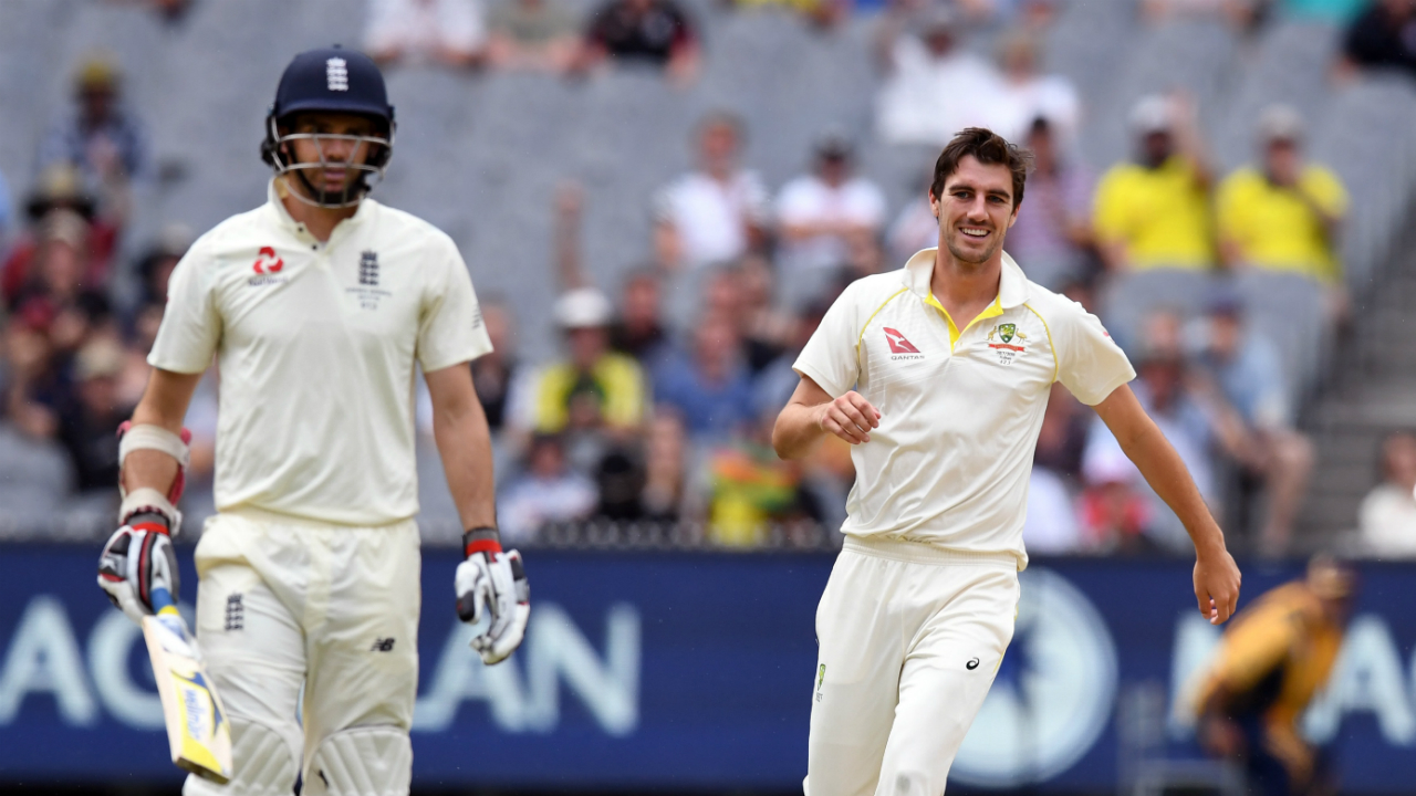 Ashes 2017: England coach Trevor Bayliss rubbishes ball-tampering allegations