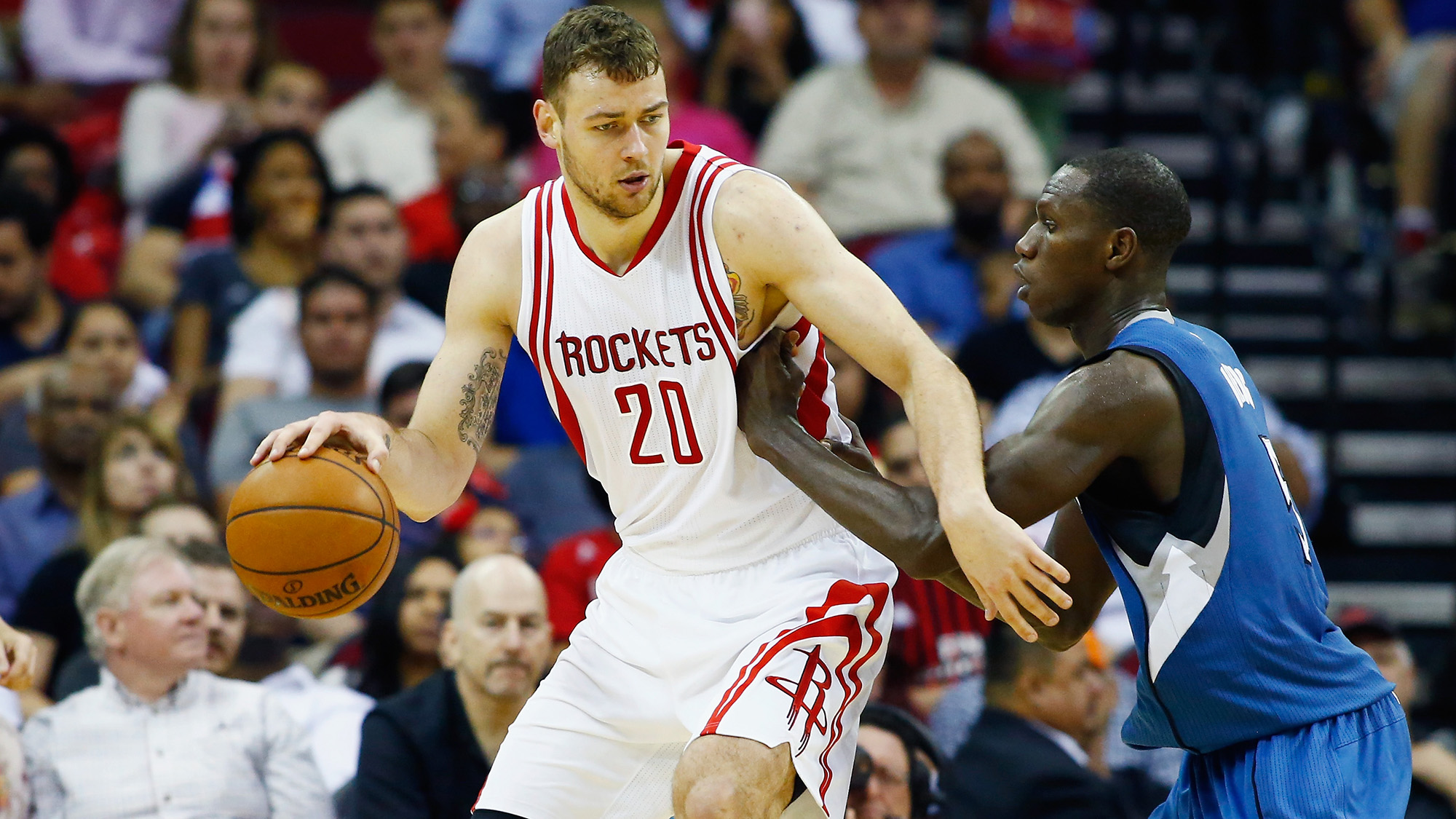 Donatas Motiejunas agrees to new deal with Rockets