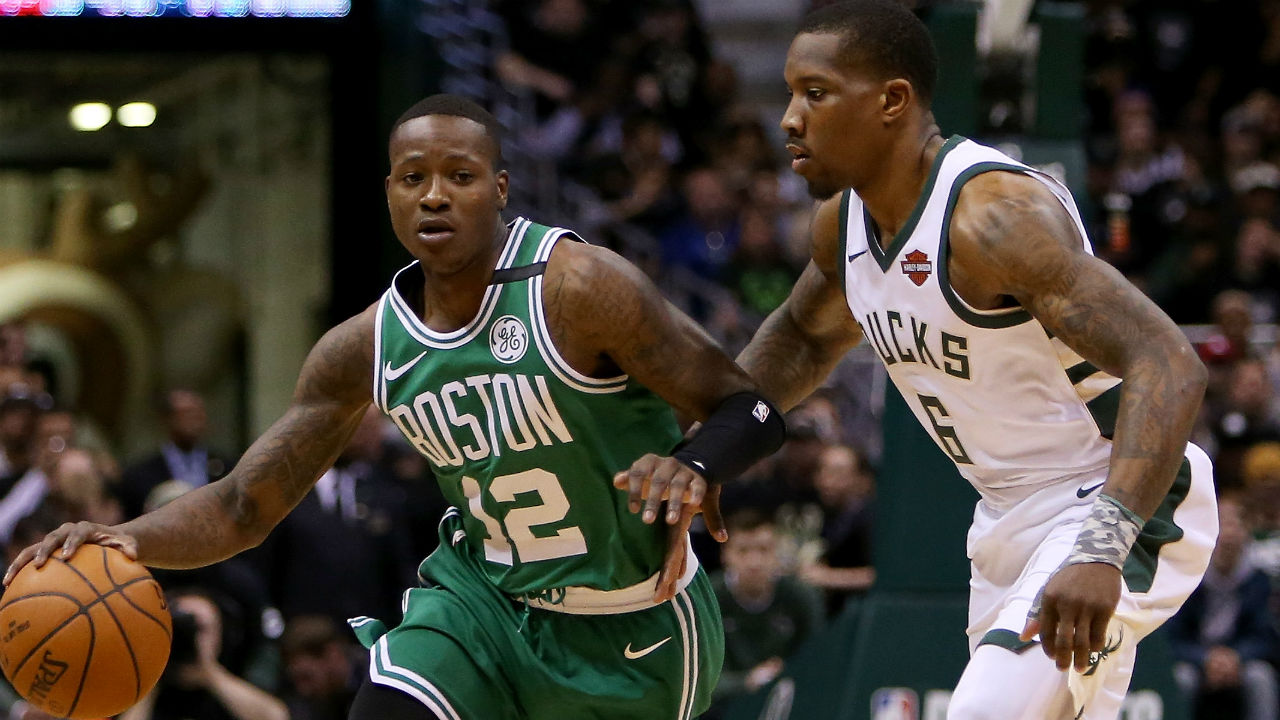 Terry Rozier wears Drew Bledsoe Patriots jersey to Celtics-76ers Game 1