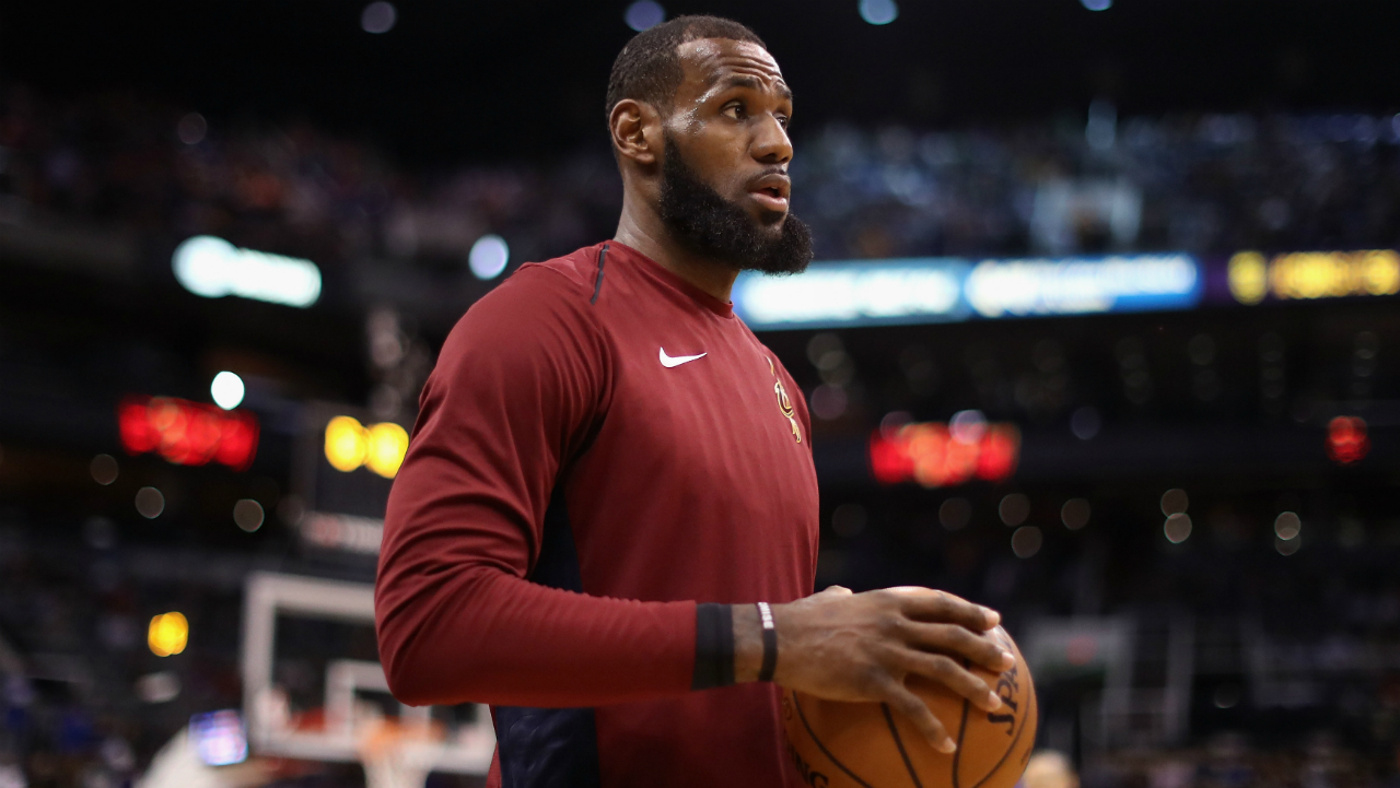 Lebron James' Fights With Coach After MONSTER Slam Dunk