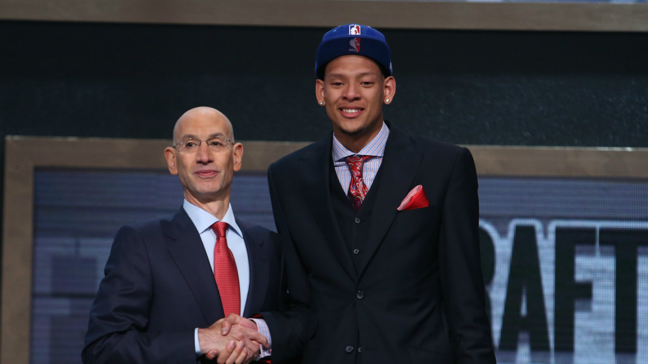 Former honorary National Basketball Association draft pick Isaiah Austin cleared to play