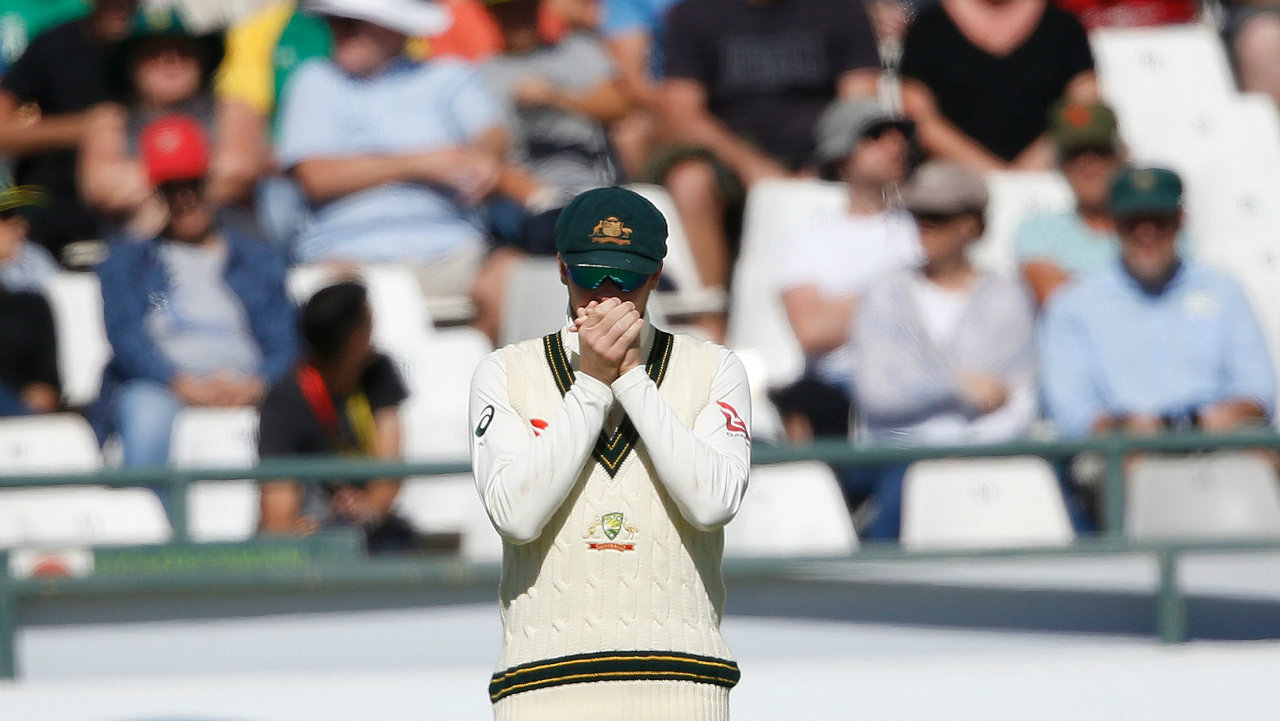 Steve Smith, Cameron Bancroft 'struggling' as cricket ball-tampering scandal hits home