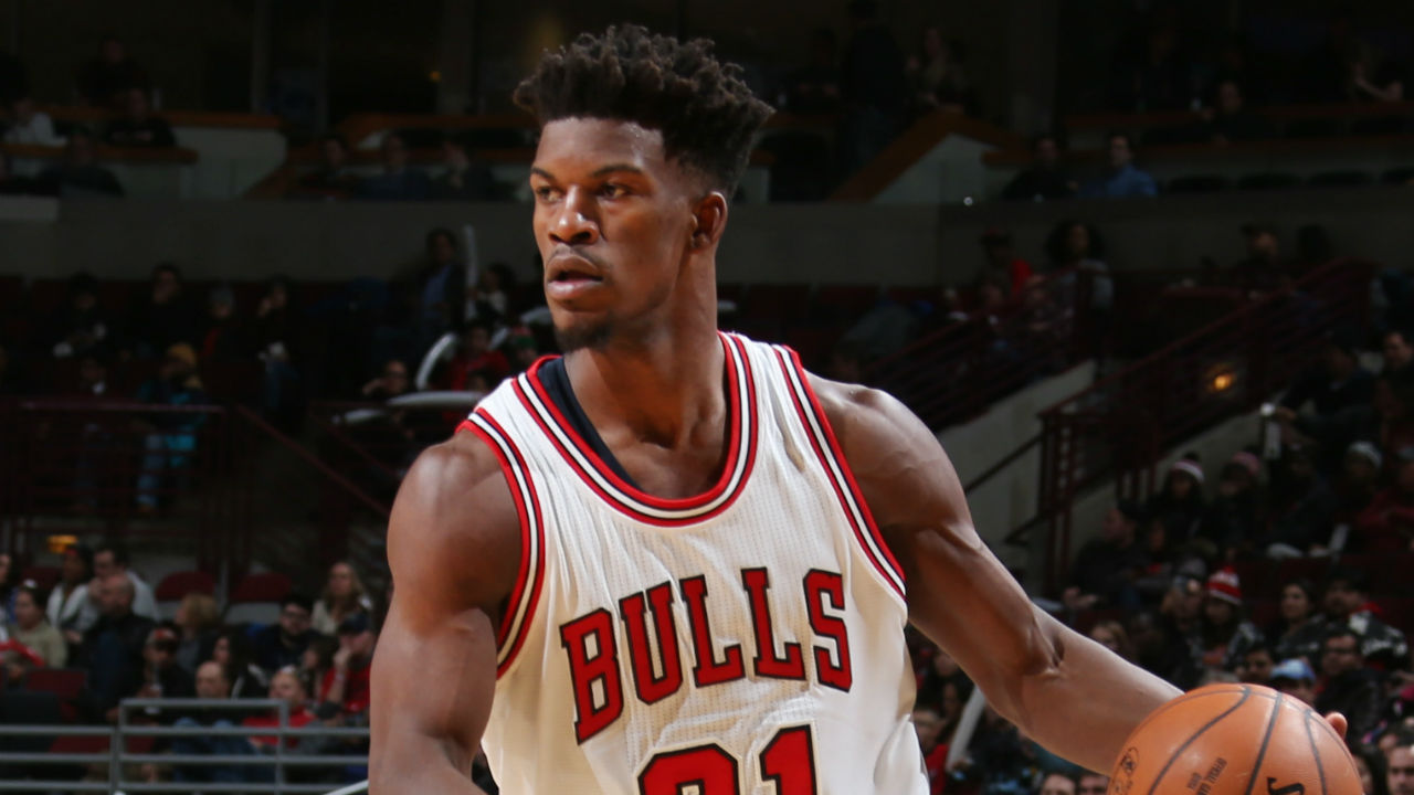 Jimmy Butler has no time for United Center Christmas music