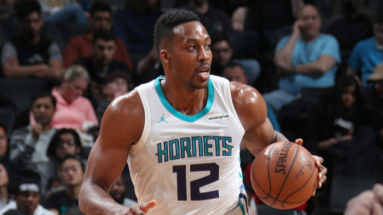 Dwight Howard Suspended 1 Game After Dropping Historic 32 Points, 30 Rebounds