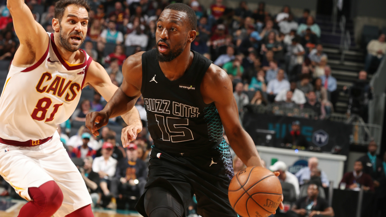 Kemba Walker sets all-time Hornets scoring record