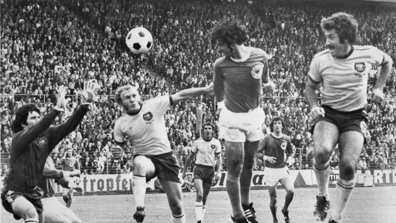 socceroos the movie 1974 u0027roos set for silver screen football