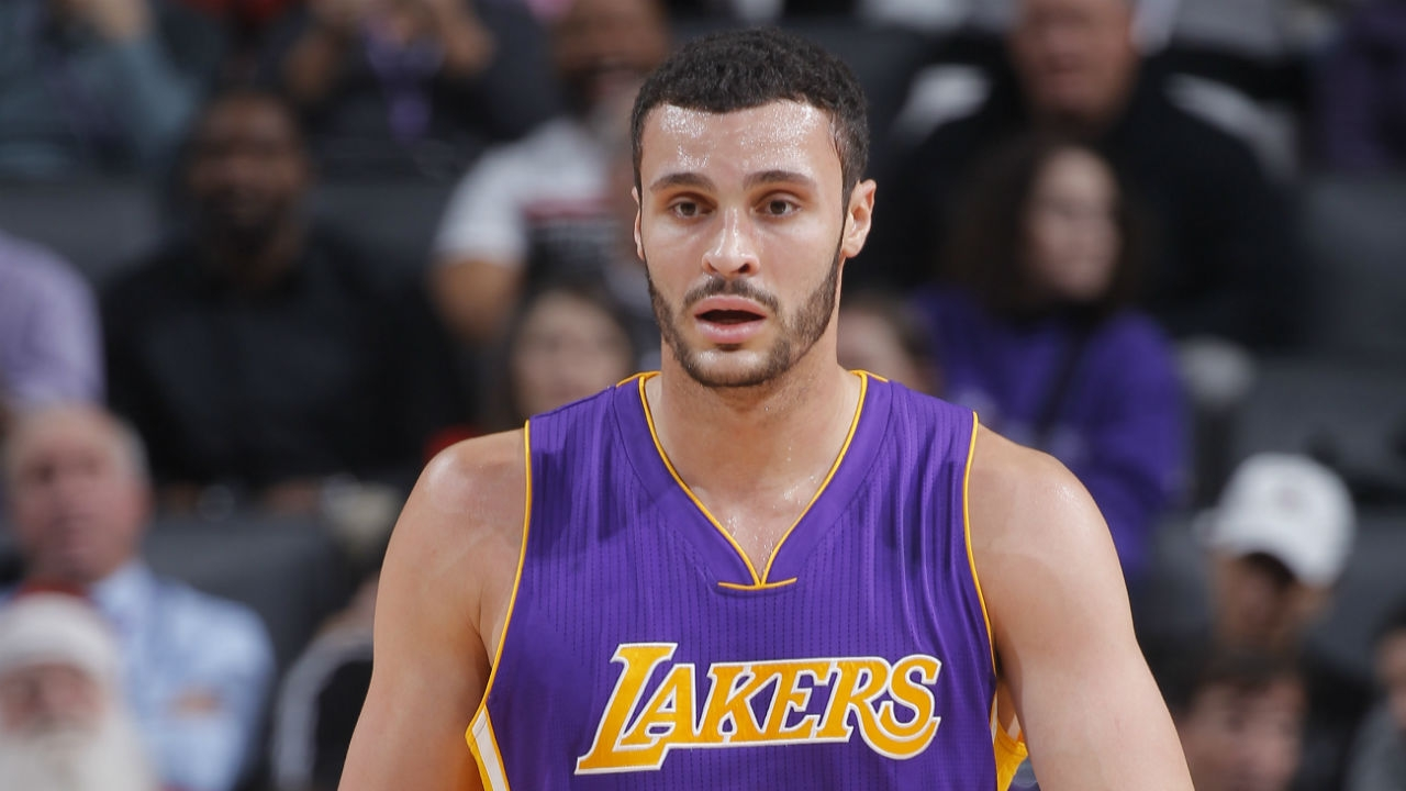 Former sol r reconnects with old pen pal Larry Nance Jr