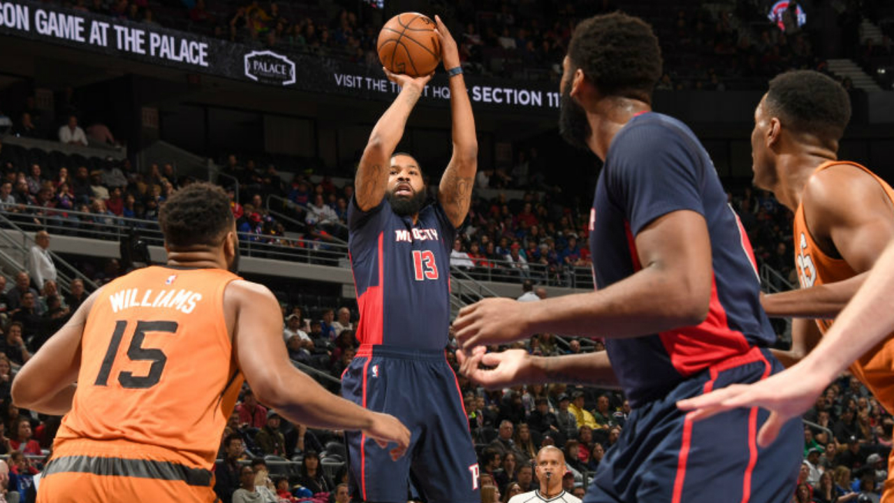 Pistons Finish Strong, Beat Short-Handed Suns 112-95