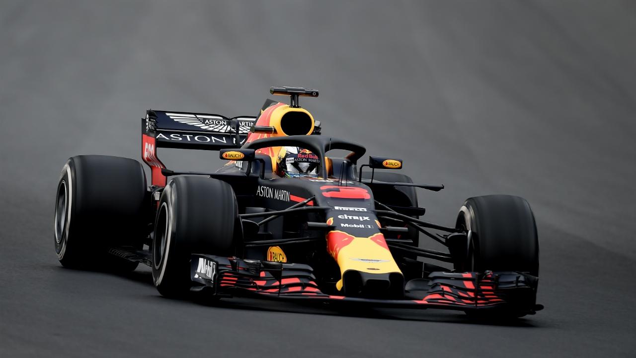 F1 daniel ricciardo tops first day of pre season testing for Garage formule m