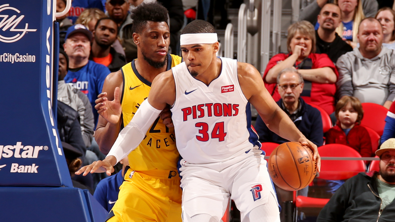 Harris leads Pistons to blow out win over Pacers
