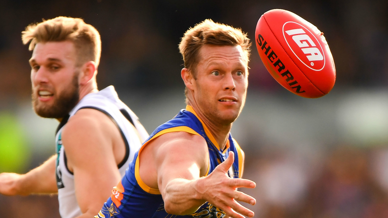 Former Brownlow-winning Eagle to retire