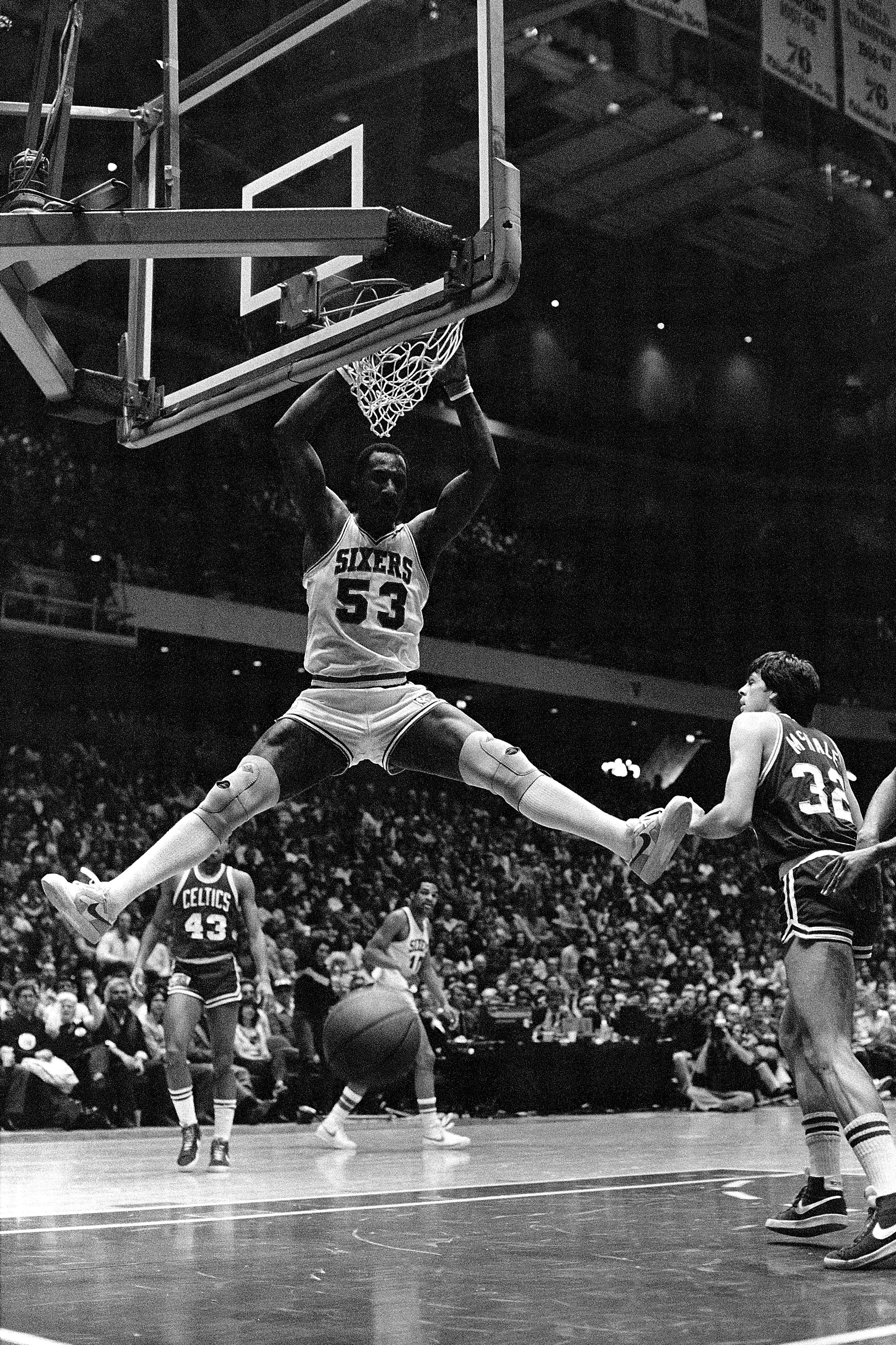 Who is the best dunker in the nba history