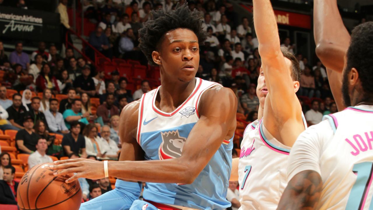 Watch: Kings' rookie Fox slams home game-winning basket to ...