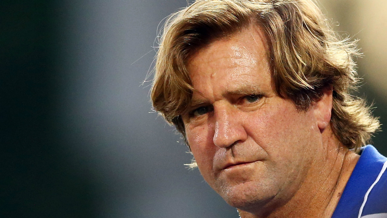 Reports Des Hasler Suing Bulldogs For Breach Of Contract