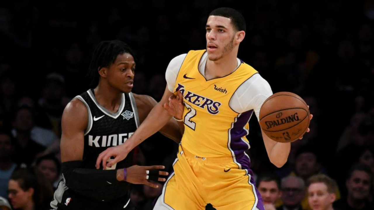 Lakers' Lonzo Ball (knee) aiming to return February 23